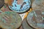 汚れた、劣化した硬貨