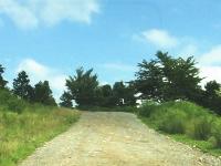 成相山のデコボコ道を上がっていくと、パノラマビューポイントがあります。