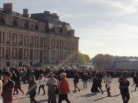 ヴェルサイユ宮殿の入場列