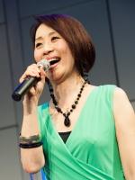 懐かしの歌声喫茶 ソングリーダー:小泉陽子